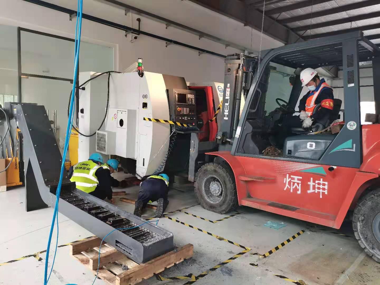 精密CNC设备搬运